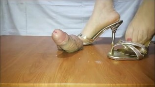 Chinese femdom | gold high heels footjob | siren trample